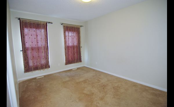 Spacious master bedroom. Fits a large king suite